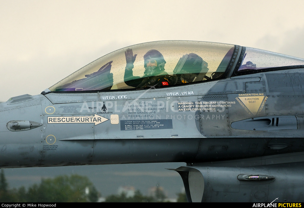 23 Mart 2014 te Suriye Mig 23 ünü vuran Kaplan Filoya bağlı F-16 Block 50M (Thanks Mike Hopwood)