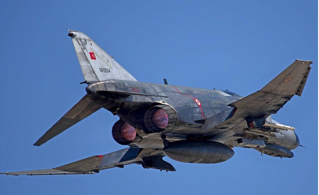Anadolu Kartalı Tatbikatında EL/L-8233 ECM podu takılı F-4 2020 Terminatör ,