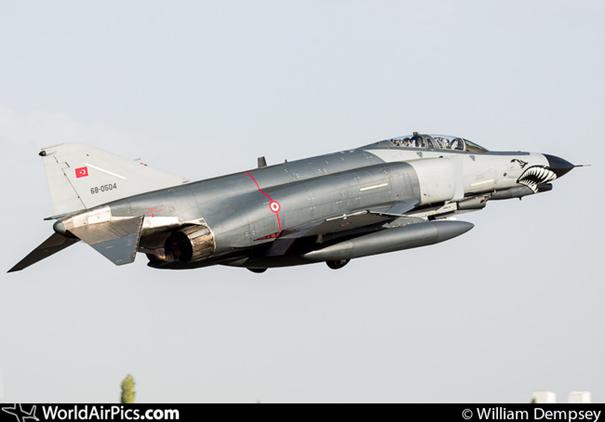 Peace Diamond V projesi kapsamında envantere giren 68-0504 kuyruk numaralı F-4E Phantom II savaş uçağımız. Uçağımız 2020 Terminatör Modernizasyondan geçerek uçuşa devam ediyor.