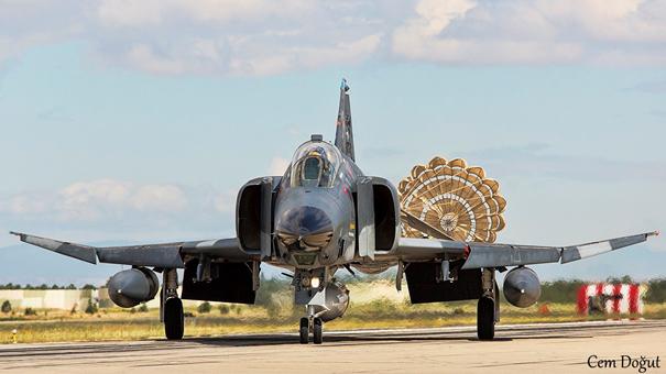 173. Şafak Filoya Bağlı F-4ümüz Lorop Poduyla