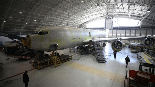 2. Hava İkmal Bakım Komutanlığında FASBAT bakımı gören KC-135R Stratotanker uçağımız