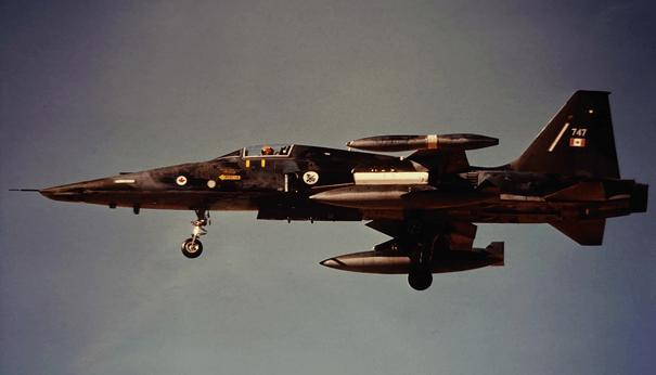 Kanada Kraliyet Hava Kuvvetlerinde görev yapmış F-5A savaş uçağı