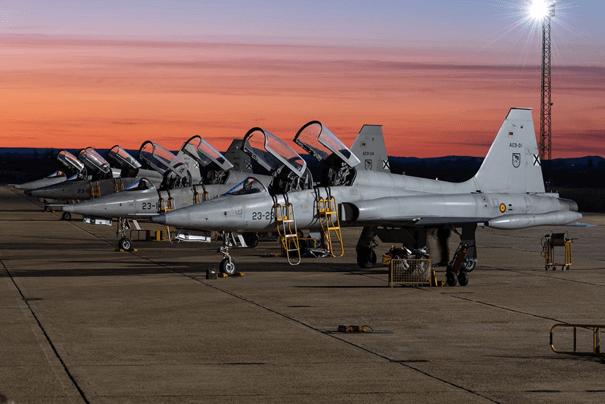 İspanya Hava Hava Kuvvetlerine bağlı F-5'ler
