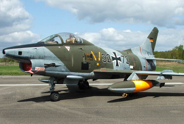 Alman Hava Kuvvetlerine bağlı Fiat G-91 savaş uçağı