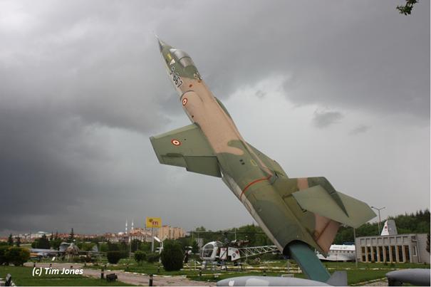 Hollanda envanterinden alınıp 9.AJÜ'de görev yapmış 6667/9-667 kuyruk numaralı F-104 Starfighter