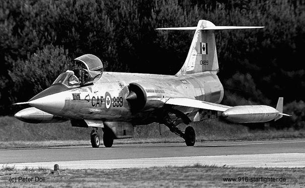 Kanada Kraliyet Hava Kuvvetleri'ne bağlı CF-104 savaş uçağı. Uçak Türk envanterine 1986 yılında girmiştir. Uçağın seri kodu 63-889 dur. Uçak 20 Haziran 1994 tarihine kadar 182. Filoda kullanılmıştır.