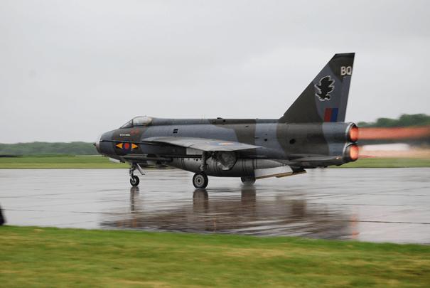 English Electric üretimi Lightning uçağı