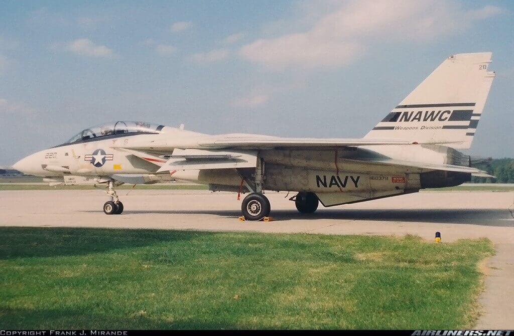 İran İmparatorluk Hava Kuvvetleri için üretilmiş 160378 numaralı 80. F-14A Birleşik Devletler Donanması envanterine girmişken bir fotoğrafı