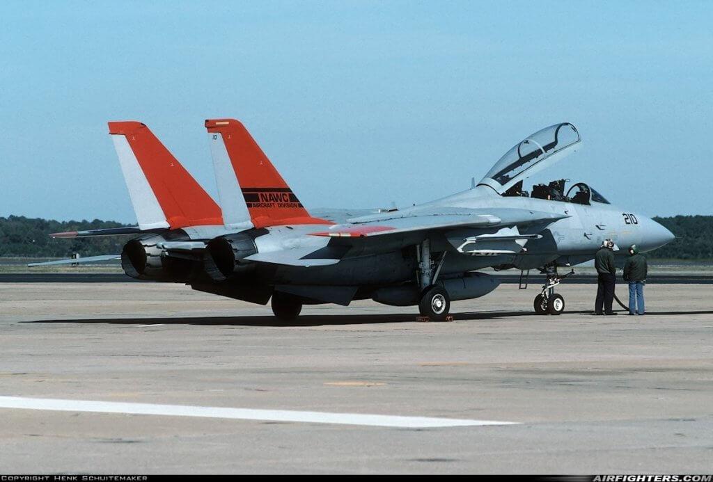 İlk seri üretim F-14A+ (kuyruk no 162910)