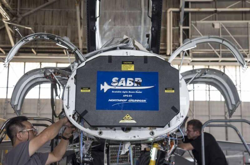 Northrop Grumman tarafından geliştirilen APG-83 AESA radar