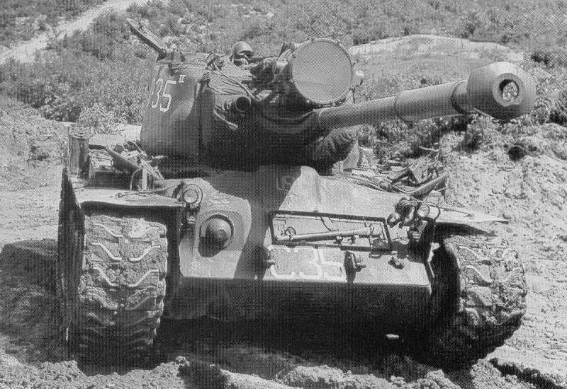 m48-patton-m46-patton-m47-patton-m26-pershing-vietnamdan-kibrisa-m48-patton-4